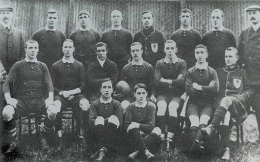 The first Wales Grand Slam team, of 1908