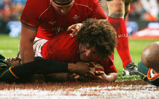 Colin Charvis became the world's leading forward try-scorer when he ground against South Africa in 2007