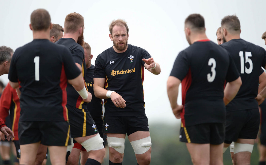 Wales name seven uncapped players