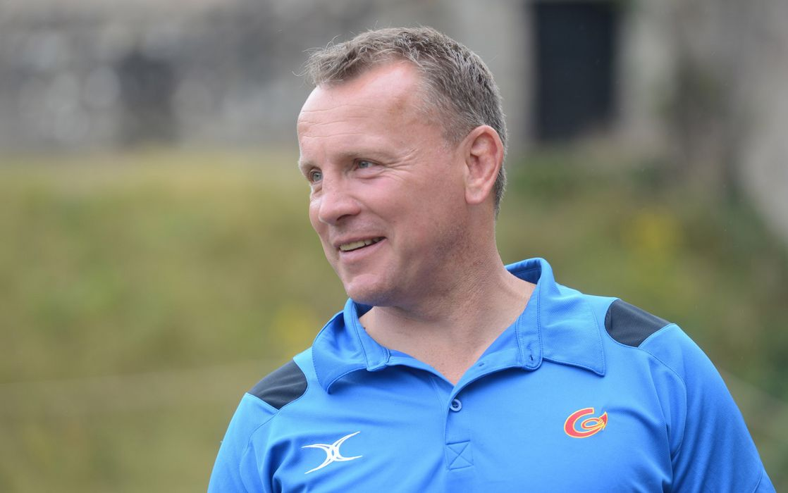Jones takes Dragons reins