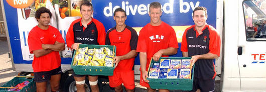 Captain Colin Charvis, Robert Sidoli, Sonny Parker, Gareth Llewellyn and Stephen Jones get packing for the Rugby World Cup with Tesco
