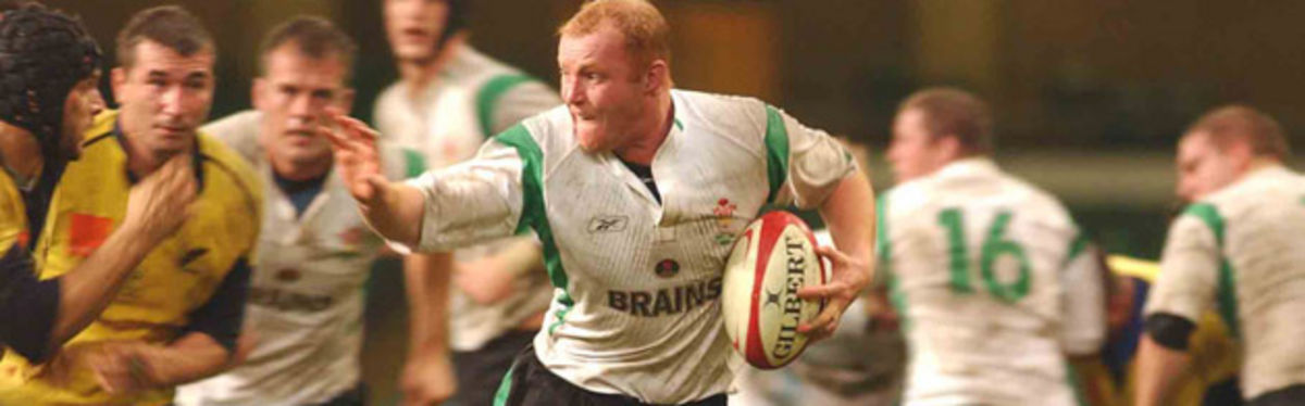 Martyn Williams (pictured in action against Romania in the Lloyds TSB Autumn Series) will be back
