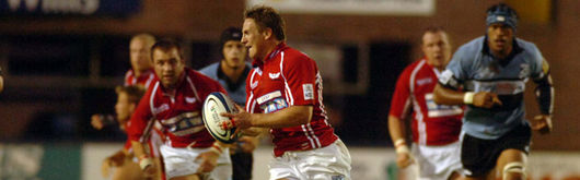 The Scarlets will be looking to return to winning ways when they take on the Blues at the Arms Park
