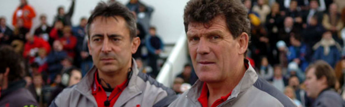 Gareth Jenkins and Nigel Davies run their eye over Wales during the first of last summer's Argentina tests