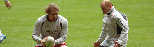 Martyn Williams trains with Alun Wyn Jones during the RBS Six Nations