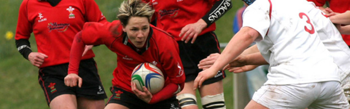 Jamie Kift, in action against England Women last season, will make her first start of the 2008 Six Nations against Ireland Women