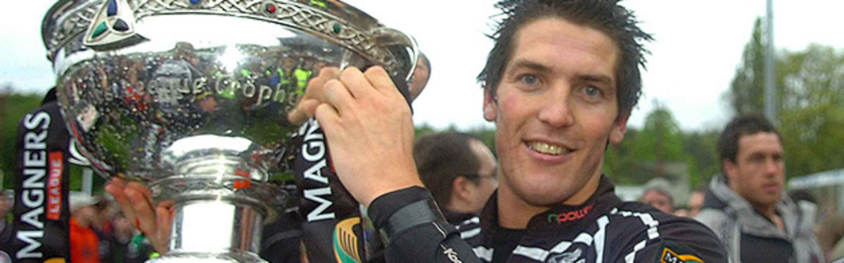 James Hook celebrates with the Magners League Trophy