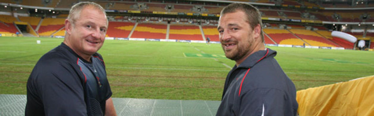 Chris Horsman with Wales Team Manager Alan Phillips at the Suncorp Stadium, Brisbane