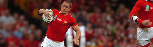 Shane Williams produces a moment of magic in the last ten minutes