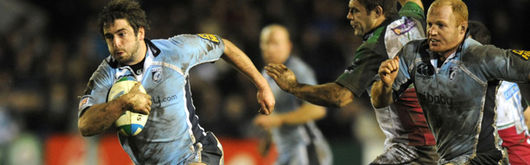 Dafydd Hewitt runs in for a try in the crunch Heineken Cup match against Harlequins