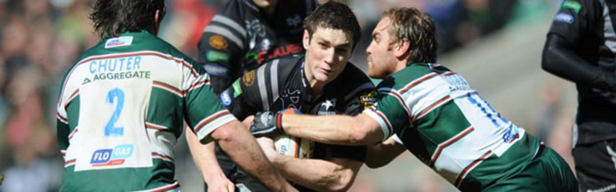 Ospreys' Andrew Bishop in try-scoring form against Leicester TIgers in this season's EDF Energy Cup Final