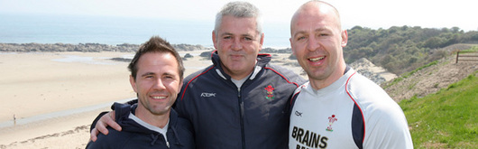 Craig White with Wales Head Coach Warren Gatland and Conditioning Coach Mark Bennett