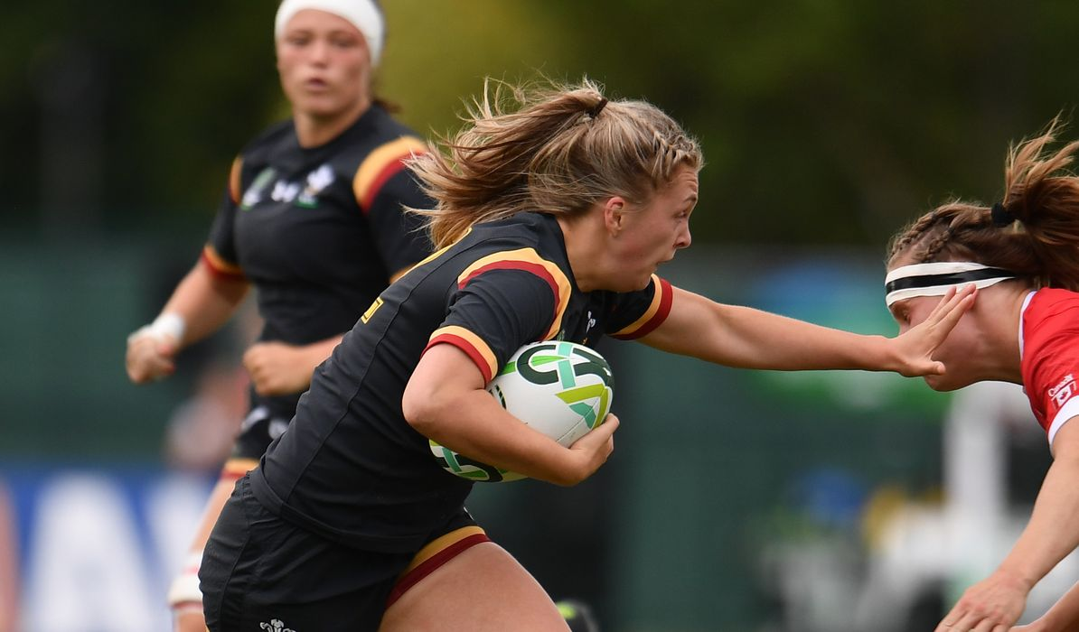 rugby spanish girl personals I've heard that spanish women are very hard to date dating a spanish woman isn't so hard my last date: i knew a very interesting (and pretty) girl in an.