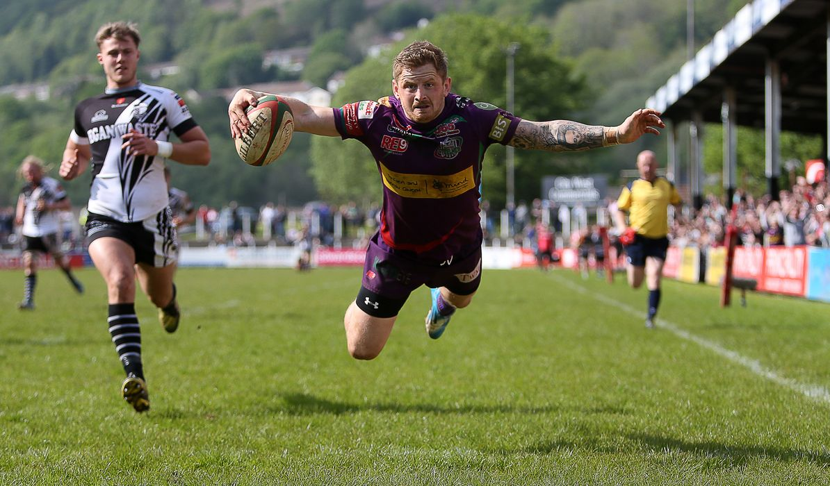 Kynes leads Ebbw Vale to Premiership glory