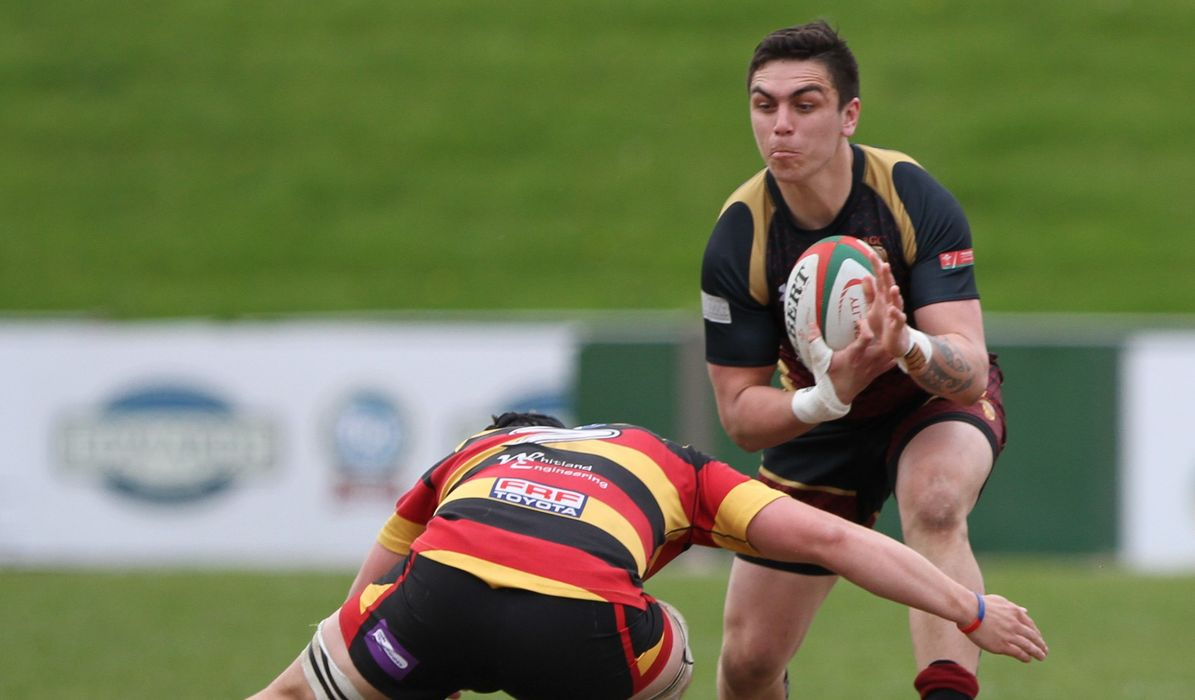 PREM REVIEW: Mighty Quins not giving up the chase