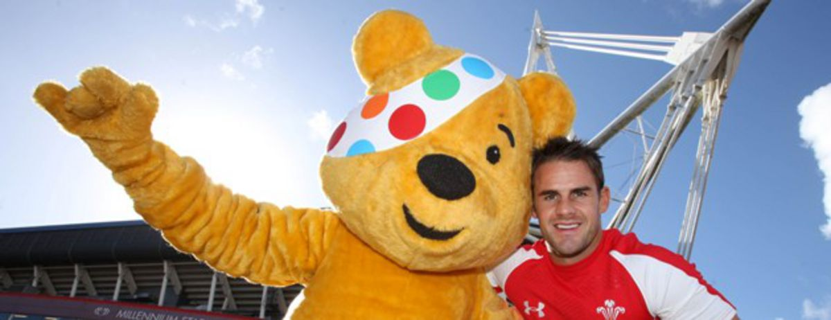 Pudsey Bear and Lee Byrne