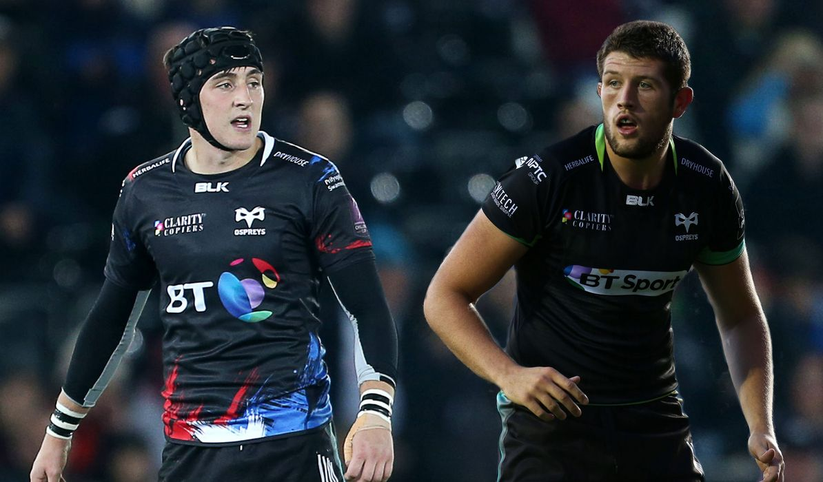 New faces Davies and Thornton in Wales squad