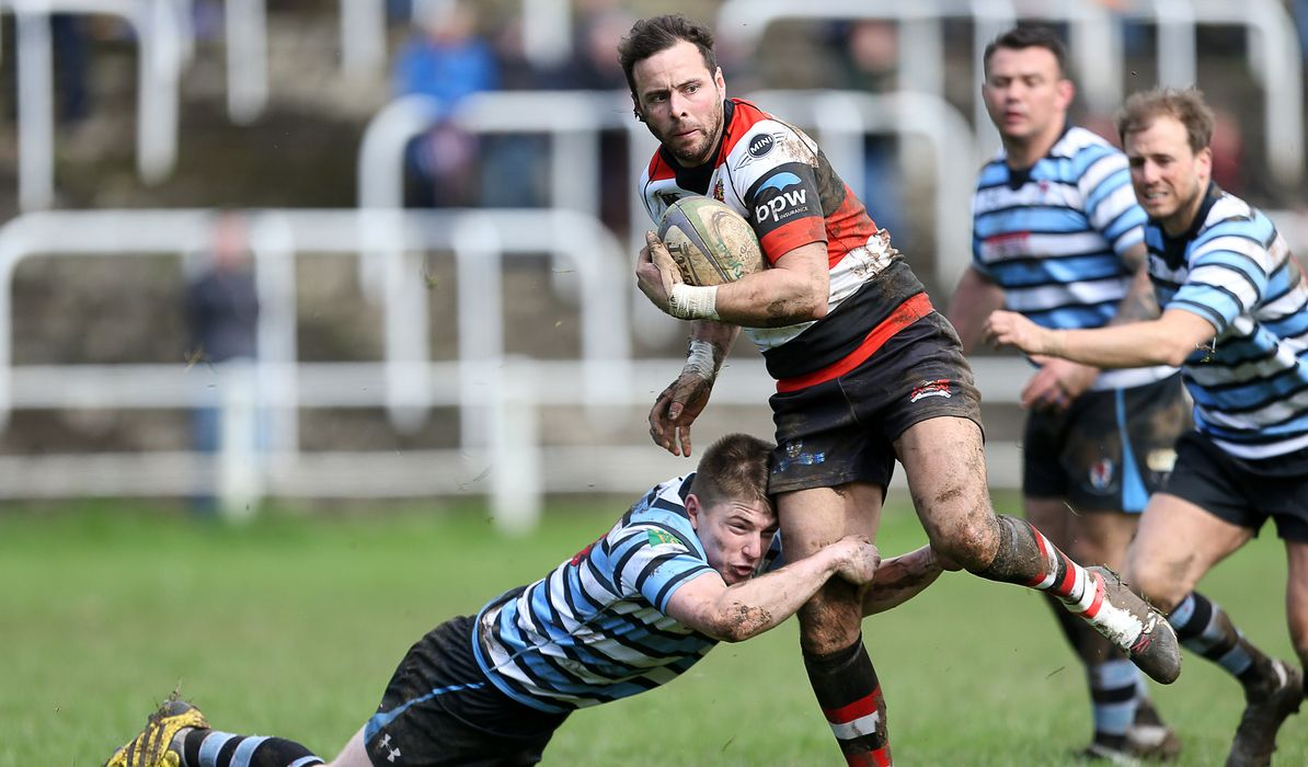 Pontypool move further ahead as rivals slip up