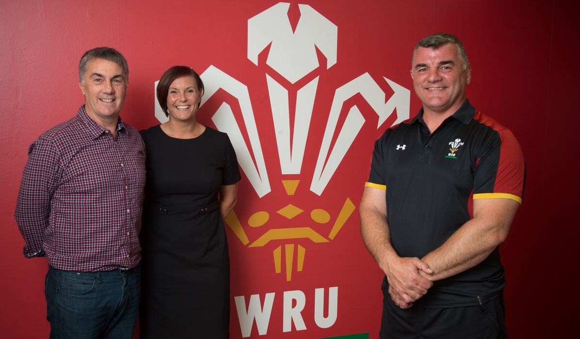 Rowland Phillips to take charge of Wales Women