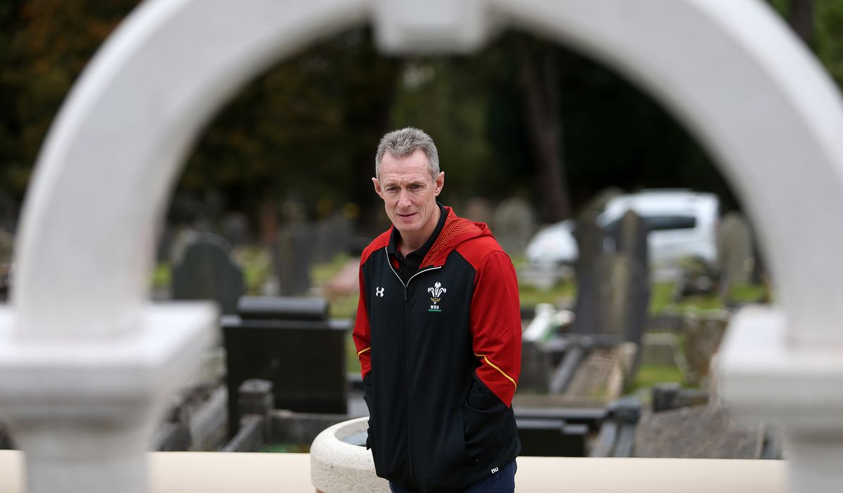 Wales squad deeply moved by Aberfan visit