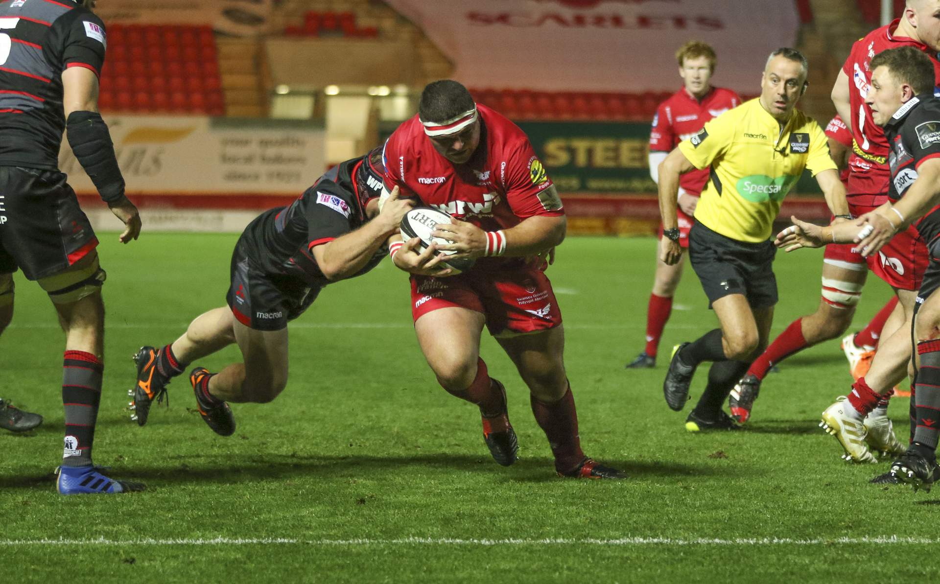 REPORT: Scarlets rack up another bonus-point win