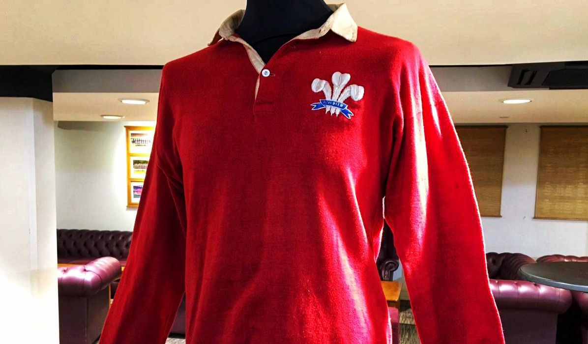 9c450a4b93a Ladies Long Sleeved Welsh Rugby Shirt – EDGE Engineering and ...