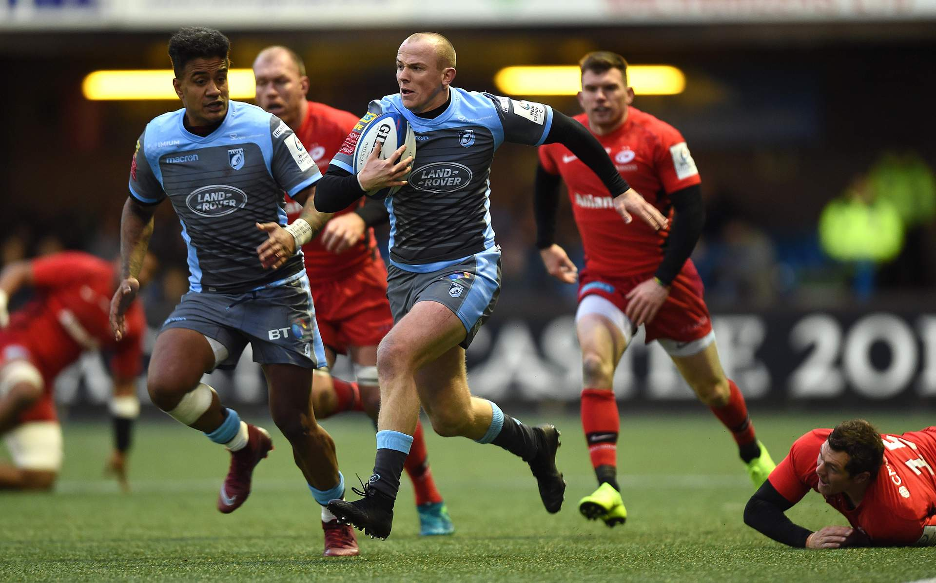 REPORT: Blues battle Saracens in the rain