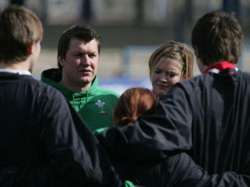 Ryan Harris delivers pre-match team talk to Wales Women